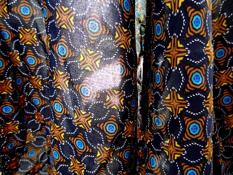 Coton viscose bleu nuit motif lumineux 3