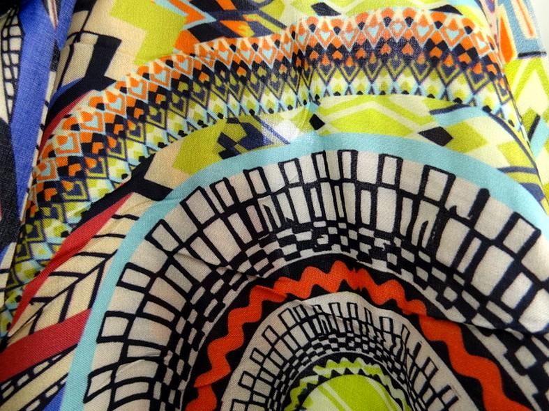 Coton viscose couleurs vives ethnique 4