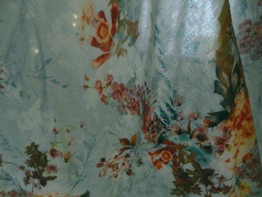 Coton viscose fleurs délicates 05