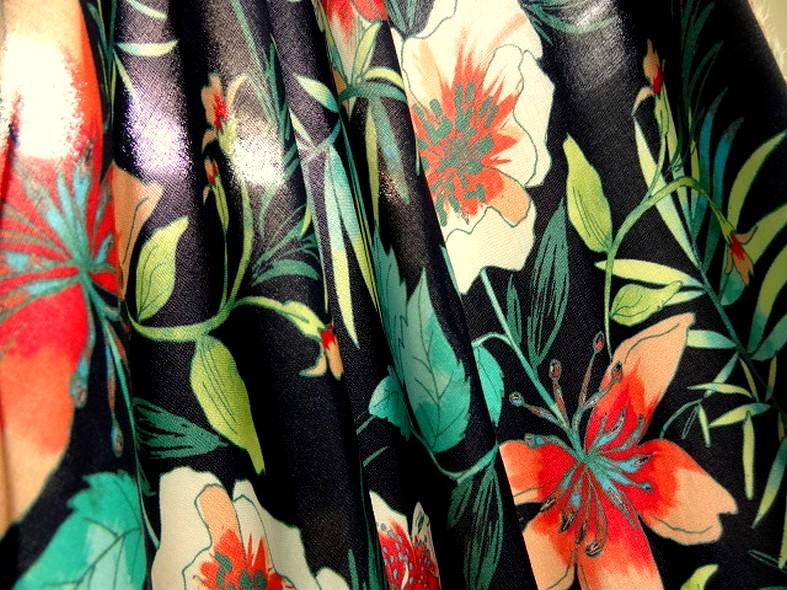 Coton viscose fond marine fleurs et fougeres corail et turquoise 1