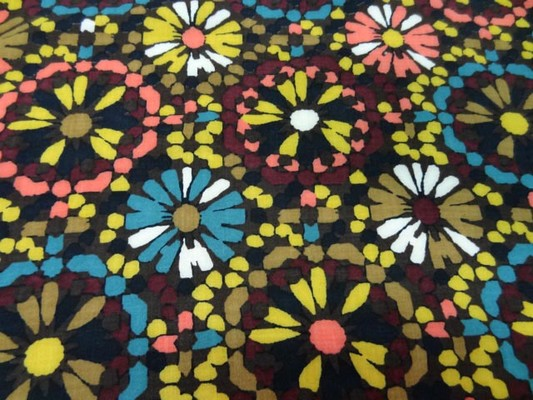 Coton viscose imprimé fleurs ton marron-jaune-bleu 9