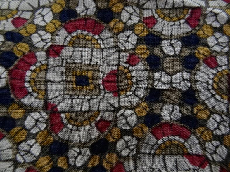 Coton viscose motif art deco ethnique noir moutarde framboise 13