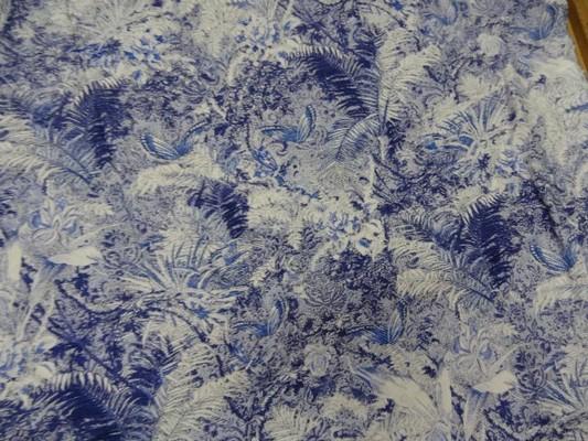 Coton viscose papillons feuillage bleu blanc 2