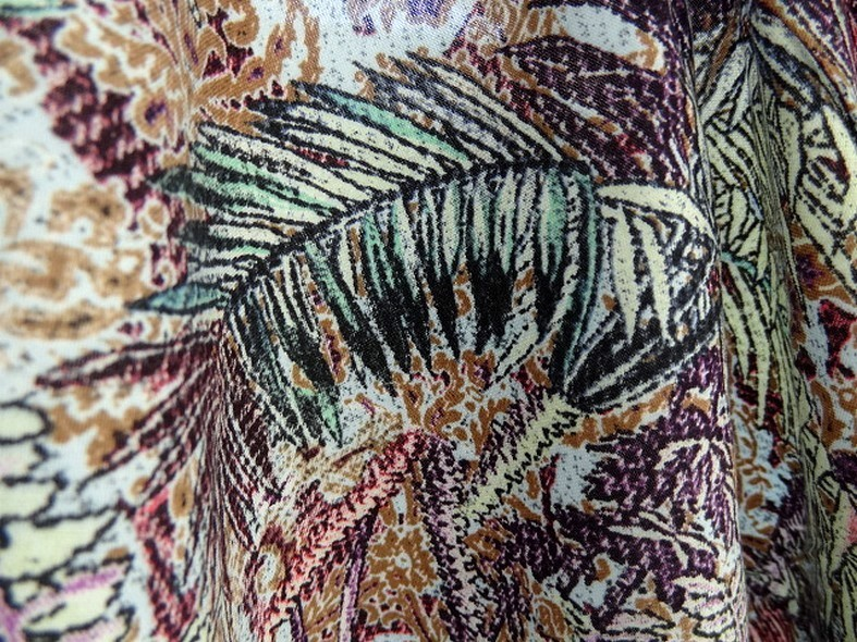 Coton viscose prune et bleu givre plantes et papillons 4