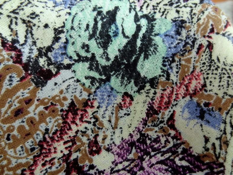 Coton viscose prune et bleu givre plantes et papillons 5