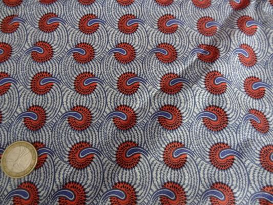 Cotonnade fond blanc motif africain rouge et bleu 02