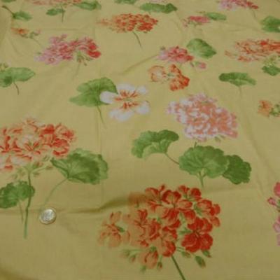 Coupon coton jaune fleuri 2m sur 2 2m 1
