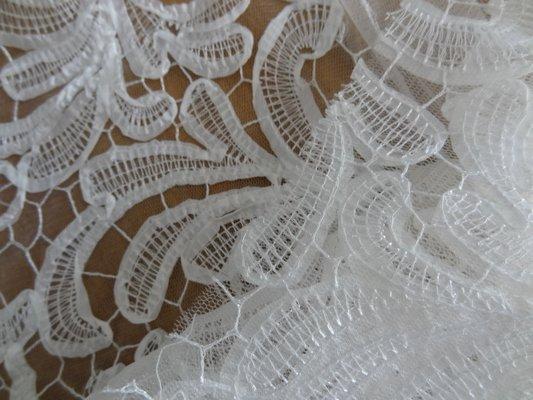 résille motifs tissu cousu façon guipure blanc 02