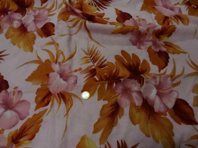 Coupon lin rose clair fleurs caramel 3m 2