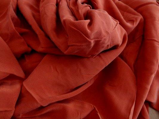 Crêpe de soie rouge tomate  01