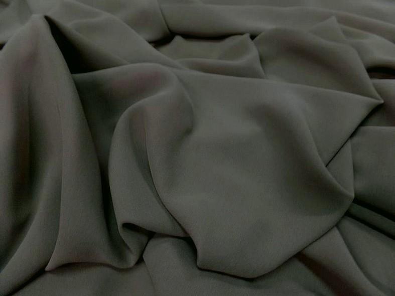 Crepe de soie tres fin kaki gris 1