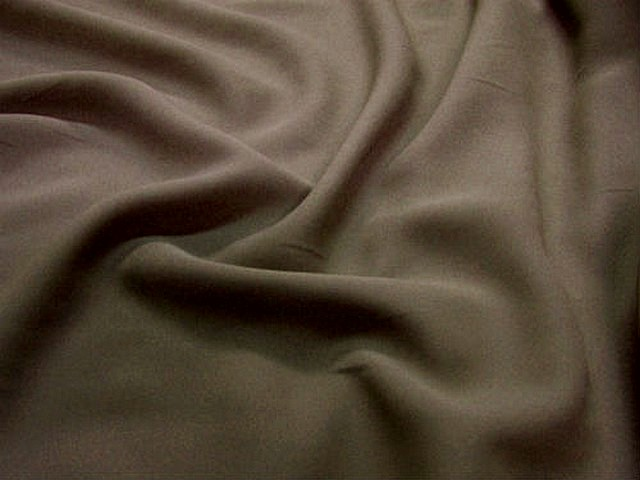 Crepe polyester chataigne 2