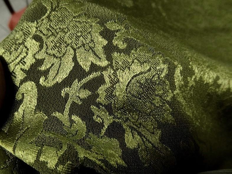 Crepe satin kaki motifs classiques vert tilleul 3