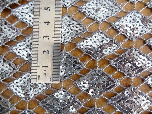 Crochet avec sequins en losange 03