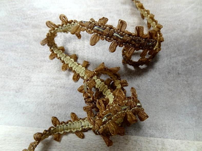 Croquet de ruban fin d organza miel 1