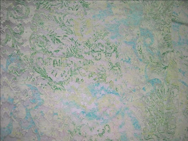 Dentelle lycra fleurie blanc cyan vert menthe 1