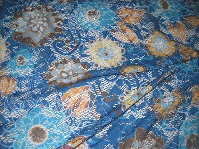 Dentelle resille bleu cobalt motif fleuri 2