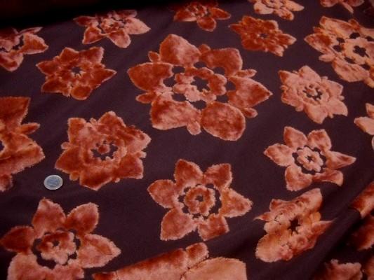Dévoré fleurs velours orange 2