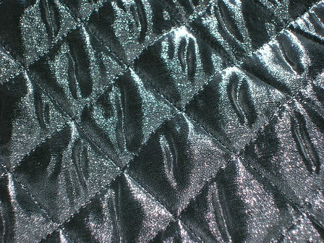 Doublure matelassee argentee et noire 2