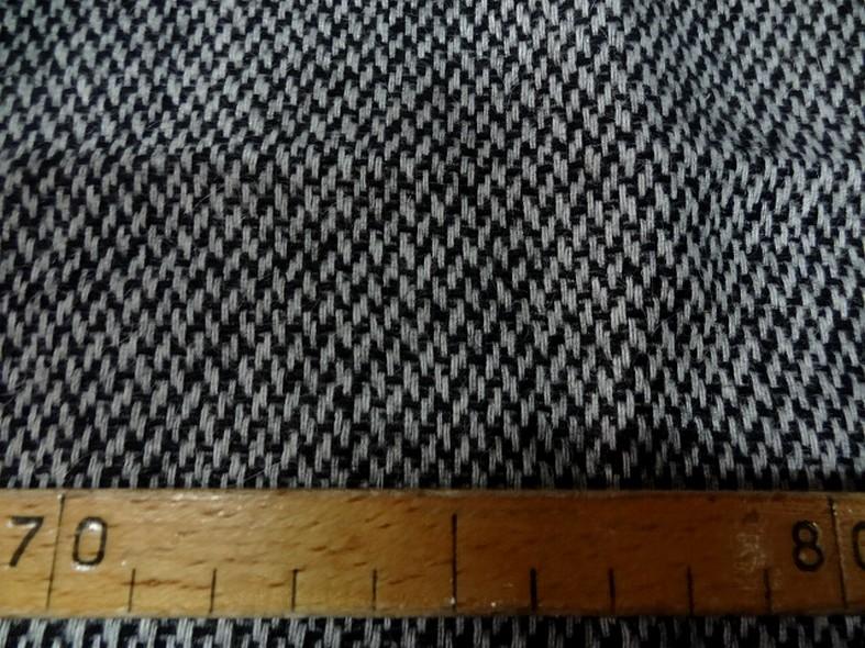 Drap de laine motif tisse noir et blanc 3