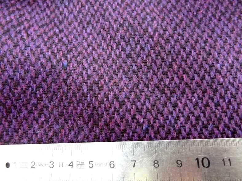 Drap de laine motif tisse prune chine et noir 3