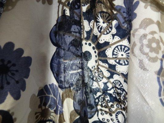 polyester fin blanc fleurs irréelles 04