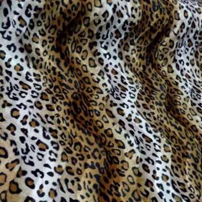 Fausse fourrure a poil ras marron et blanc imprime leopard2