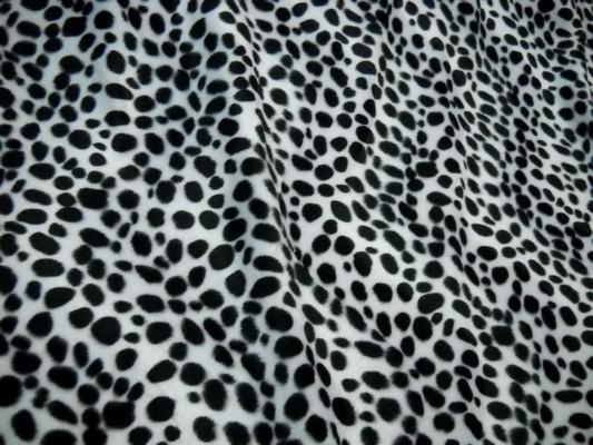 Fausse fourrure noir blanc dalmatien 1