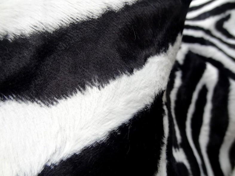 Fausse fourrure rase zebre noir et blanc 4