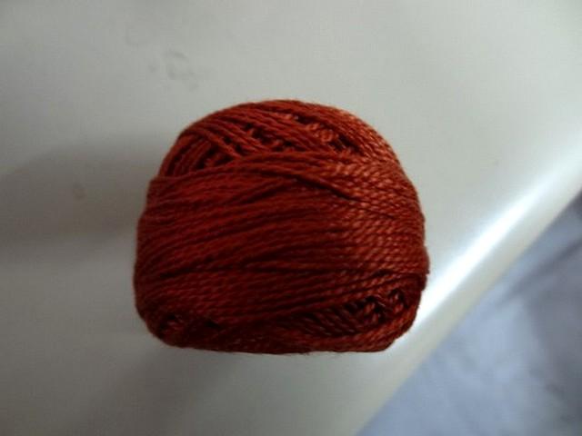 Fil coton perle dmc 919 brique 2