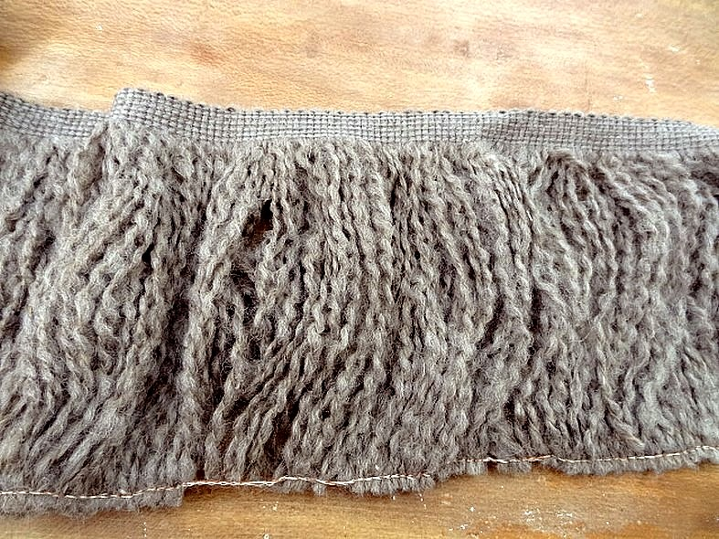 Frange laine sepia chine 1