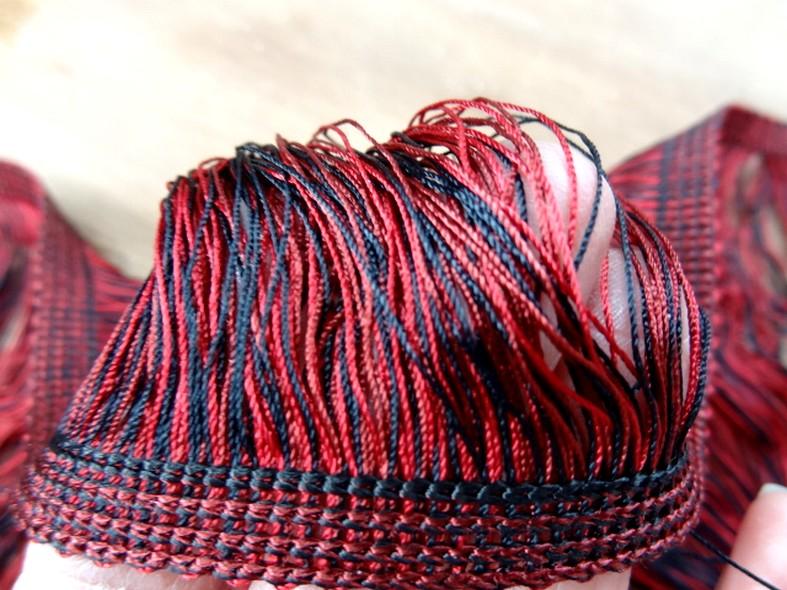 Frange rayonne bicolore rouge noir 18 cm 2