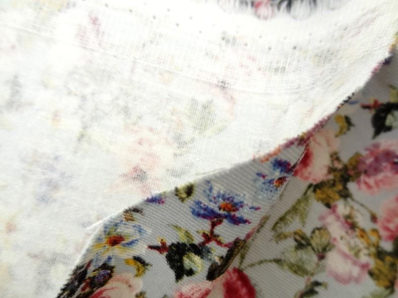 Gabardine coton lycra fond bleu azurin fleurs liberty 7