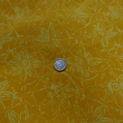 Gabardine coton lycra imprimé jaune safran