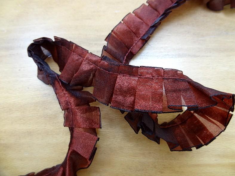 Galon d organza plis plats bordeaux noir 1