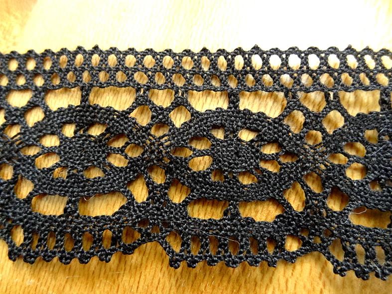 Galon dentelle lin noir 3