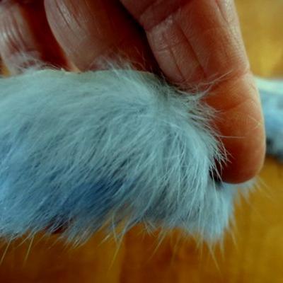 Galon en poils de lapin bleu ciel 02 2
