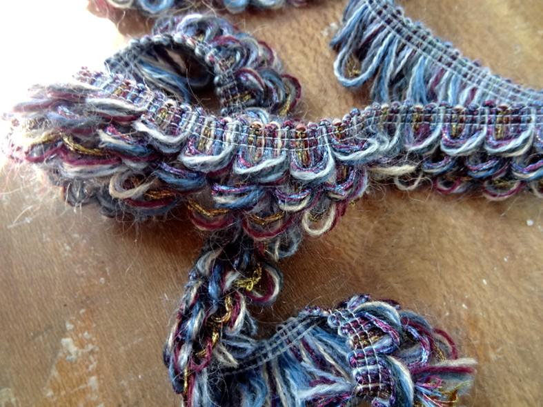 Galon fils de coton boucles prune et bleu