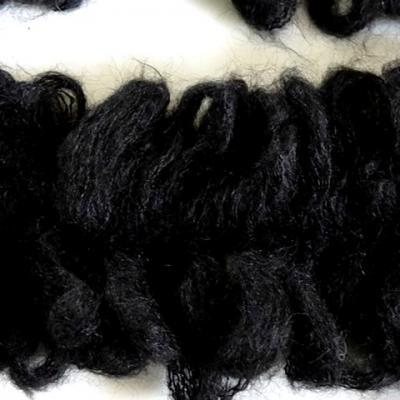 Galon frange froufrou laine bouclee noire 3