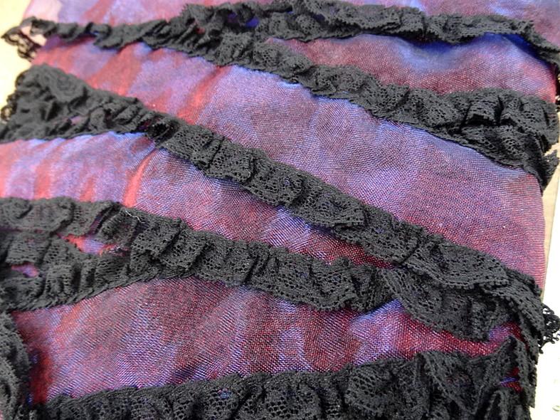 Galon organza rose violet dentelle noire 3