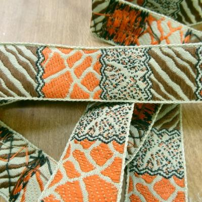 Galon patchwork animaux kaki speculoos orange 1