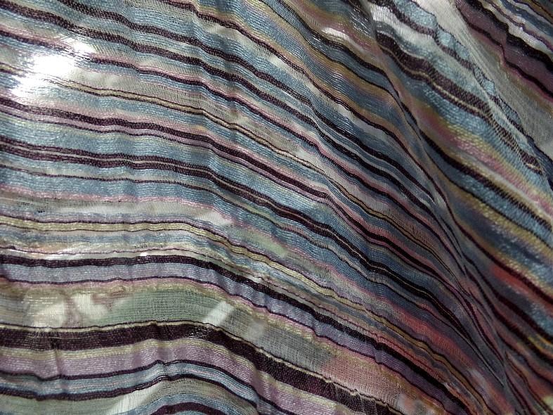 Gaze de soie rayures tissees pastel 1