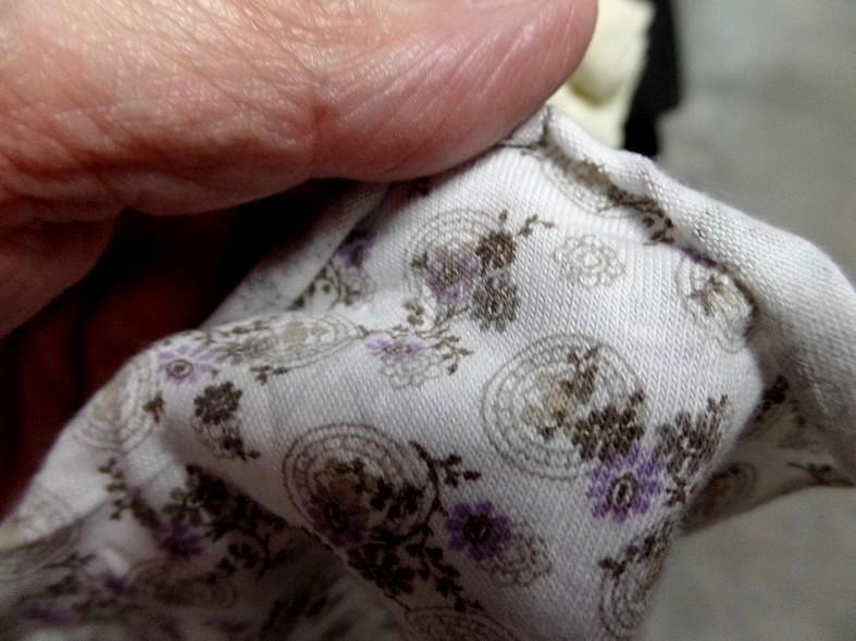 Jersey coton blanc casse petites fleurs lilas 4