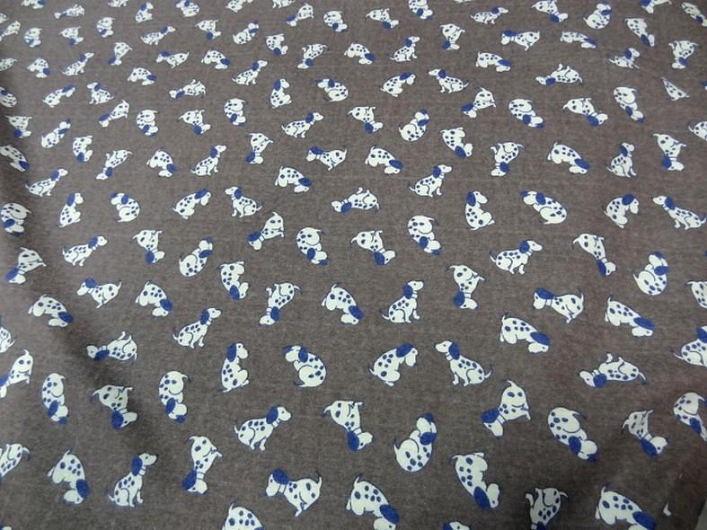 Jersey coton fond taupe chine motifs petits chiens 1
