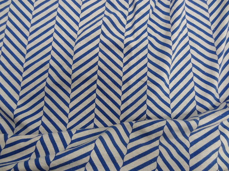 Jersey coton lycra blanc casse rayures fantaisie bleu denim 1