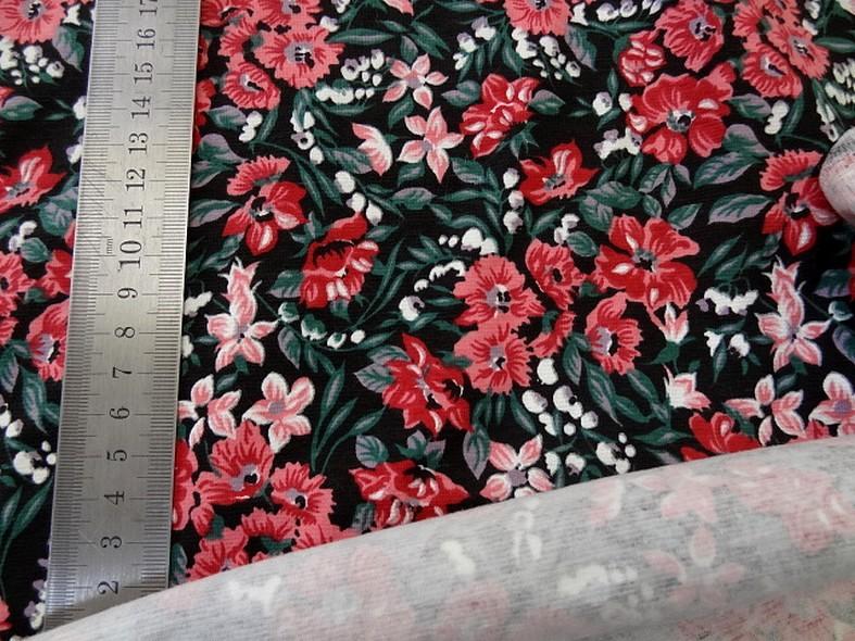 Jersey coton lycra fond noir fleuri 2