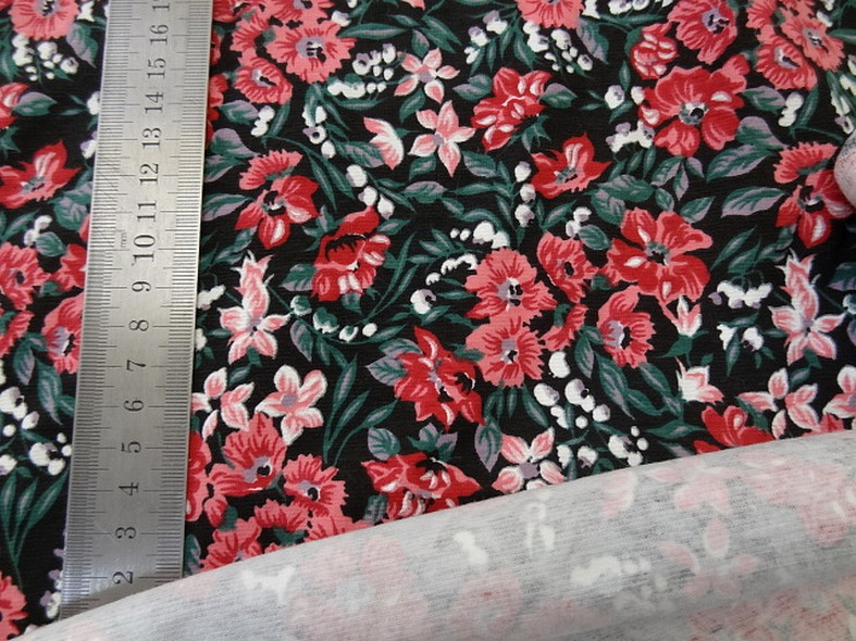 Jersey coton lycra fond noir fleuri 3