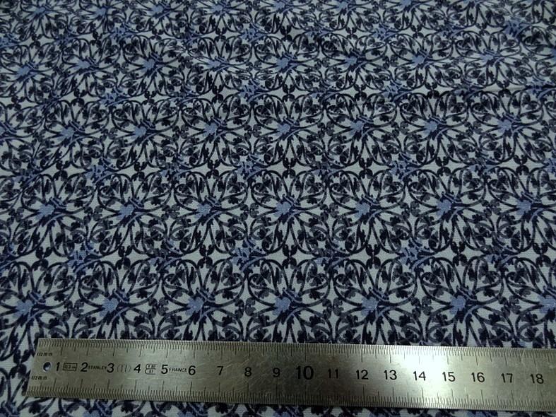 Jersey viscose lycra carres de fleurs bleues 2