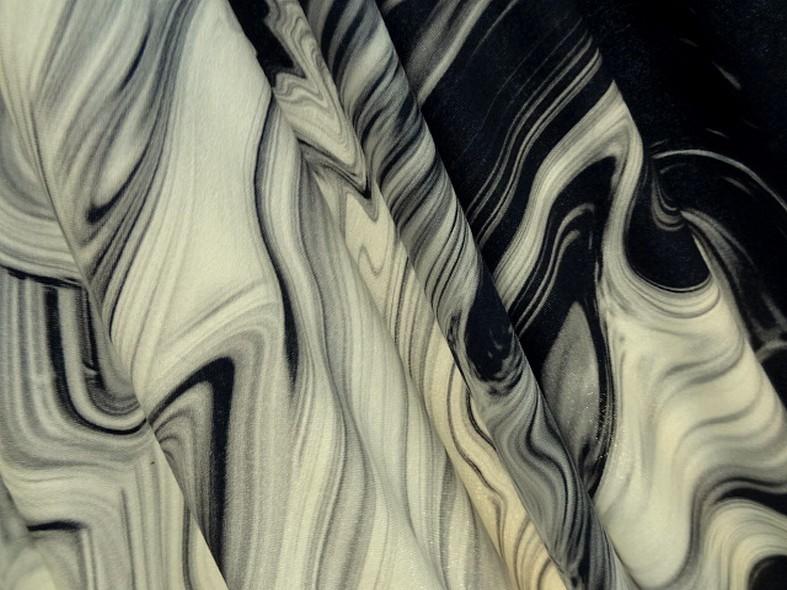 Jersey viscose motif noir blanc casse tie and dye 1