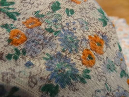 Jersey polyester blanc fleuris 03